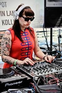 DJ-miss_kittin-2